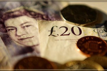 GBP/USD – есть перспектива роста до уровня 1,3500